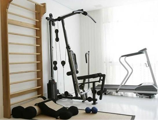 Academia em casa: para se exercitar sem perder tempo