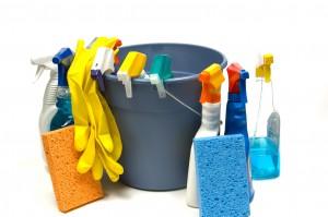 Organização doméstica começa com a limpeza